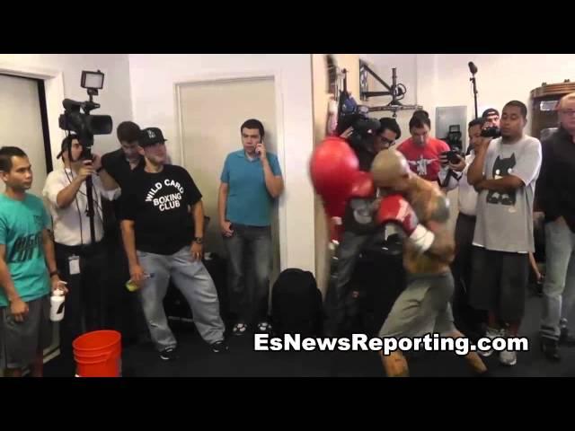 Miguel Cotto Beats  Rodriguez - EsNews Boxing