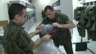 Especialistas que trabalham dando suporte as aeronaves da Força Aérea Brasileira. Seja no auxílio a dobragem de paraquedas ou na fabricação de um equipamento de última geração. Militares que trabalham no