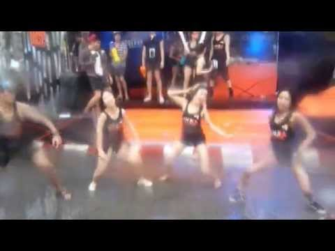 SONGKRAN 2014 สงกราน - Chiang Mai vs Pattaya Sexy Dance With the Girls