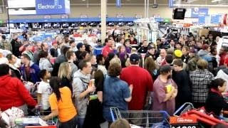 2013 BLACK FRIDAY COMPILATION Riots, Fights, Deals