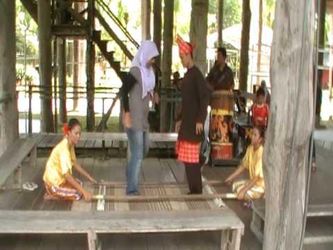 bamboo dance - me