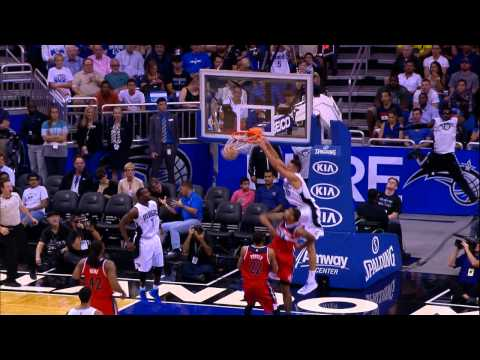 Aaron Gordon Flies High for the Alley-oop