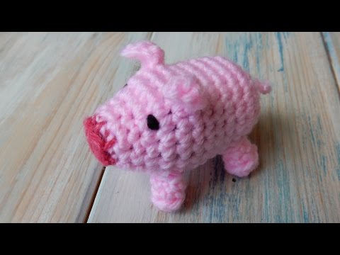 How To Crochet a Pig - Yarn Scrap Friday