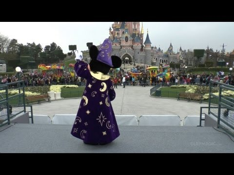 Disney's 20th Anniversary Celebration Train Premiere at Disneyland Paris 20th Anniversary (HD)