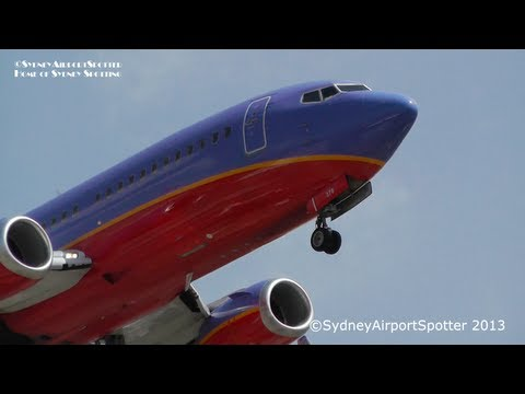 Southwest Airlines Boeing 737-3H4WL N376SW lands at LAX Airport LAX / KLAX