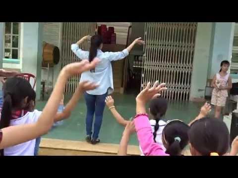 Múa: Mái trường nơi em học bao điều hay