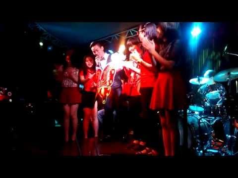 Con bướm xinh - Hoài Lâm - (Phòng trà WE 6/9/2014)