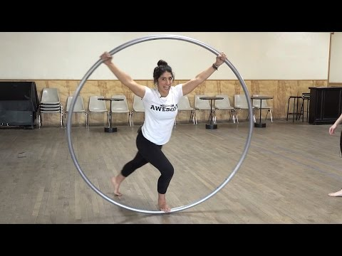 Awesome Academy: Roue Cyr Wheel | PEOPLE ARE AWESOME 2017