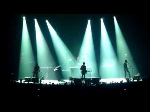 télécharger Indochine – Paradize+10 (Concert complet)