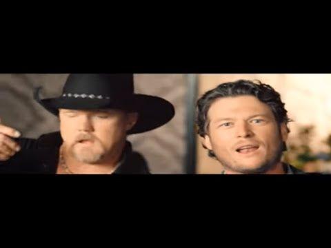 Blake Shelton - Hillbilly Bone [met. Trace Adkins]