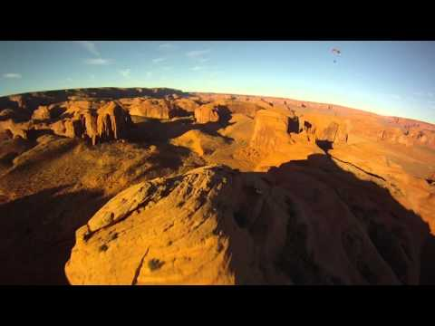 Monument Valley Paramotor Flying 2011 (Powered Paragliding, Paramoteur, Parapente, Flat Top)