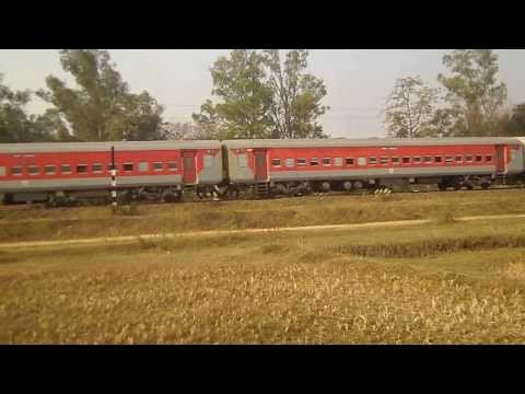 12801 PURUSHOTTAM EXPRESS LHB RAKES VIDEO - 2