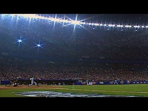 2000 WS Gm4: Jeter leads off with a home run