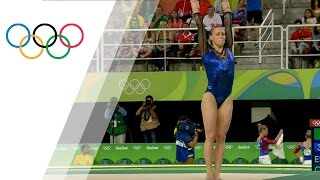 Crowds cheer for brave injured gymnast