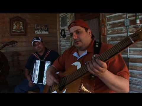 Los Texmaniacs play Marina