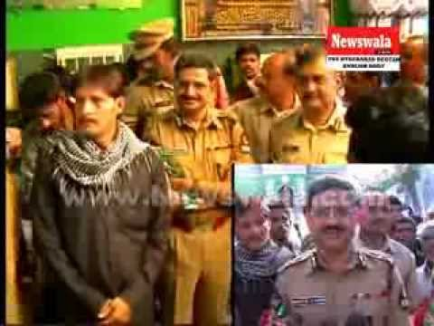 Commissioner of Police Anurag Sharma and Amit Garg visited Bibi Ka Alawa during Muharram 2013