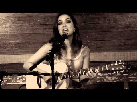 LIAH SOARES - Tempo Perdido | Acoustic Live