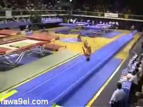 لاعب جمباز خطير