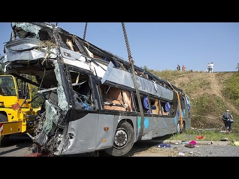 9 قتلى و43 جريحا في حادث سير