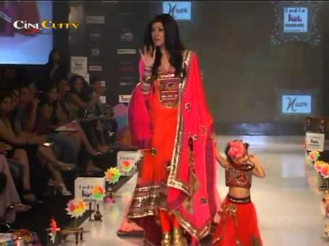 Shruti Seth & Sushmita Sen On The Ramp Walk For India Kids Fashion Week 2012