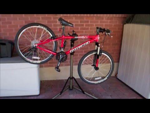 Bike Repair Stand Review and Demo