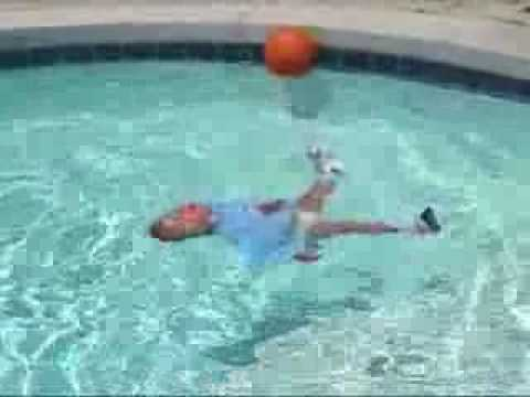 Cuidados del beb la piscina youtube - Ver piscinas ...