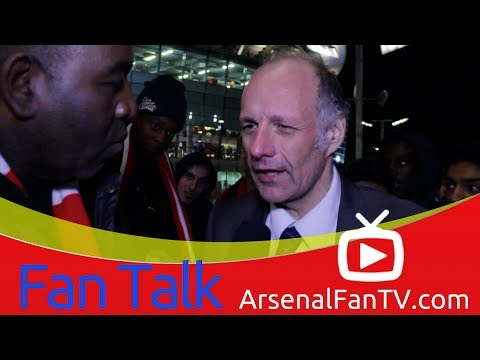 Arsenal FC 0 Chelsea 2 - Bendtner's Attitude Is A Disgrace says Claude