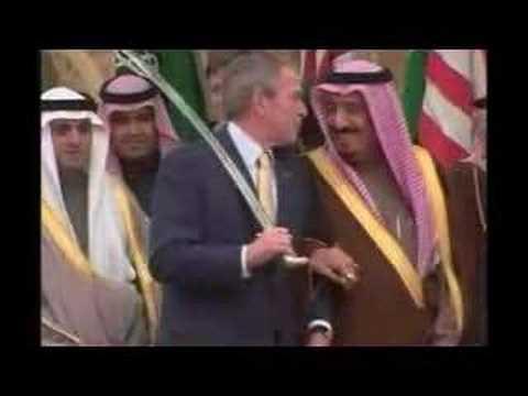 رقصة السيف بين بوش والملك سلمان قبل سنوات