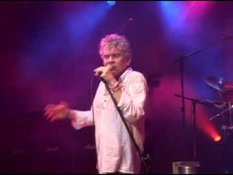 Nazareth - Love Hurts Live In Curitiba Brazil