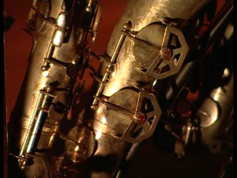 Andreas van Zoelen plays Glazounov Saxophone Concerto part 1