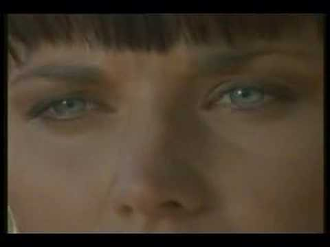 "Xena and Gabrielle--""What Hurts The Most"""