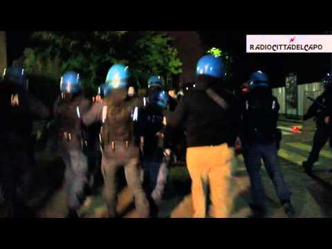 Cariche alla contestazione ad Enrico Letta - Bologna