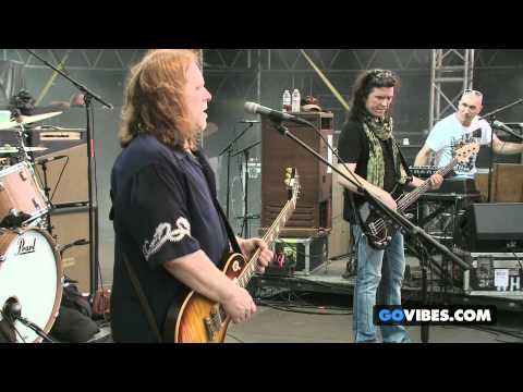 "Gov't Mule performs ""I'm A Ram"" at Gathering of the Vibes Music Festival 2013"