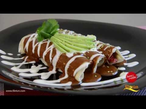 Receta para preparar enchiladas de pollo con papas y zanahorias en ...