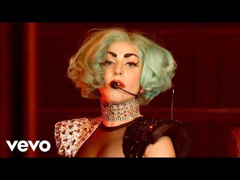 Смотреть клип Lady Gaga - Bad Romance (live)