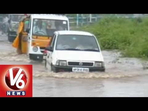 Heavy Rains Hits Warangal - Roads Washed Away