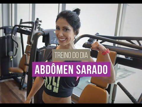Bella Falconi: abdômen definido com a musa fitness