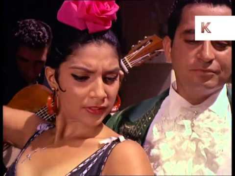 1960s Tourists Dine Alfresco, Watch Flamenco Dancers, Holiday, San Juan, Puerto Rico