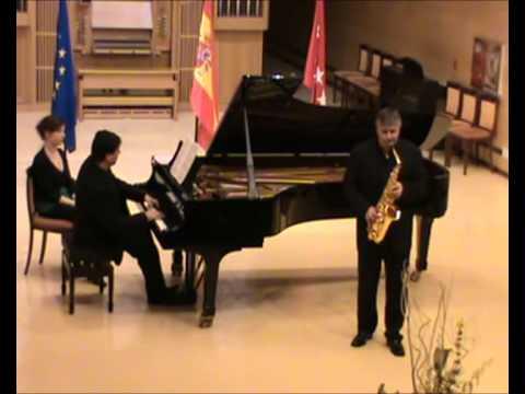 Scaramouche (Vif, Moderée, Brazileira) – Darius Milhaud