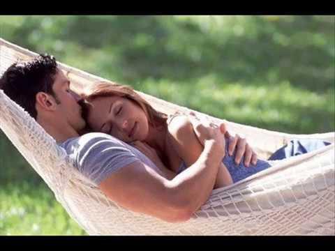 musica romantica internacional(tema da mia)novela viver a vida.
