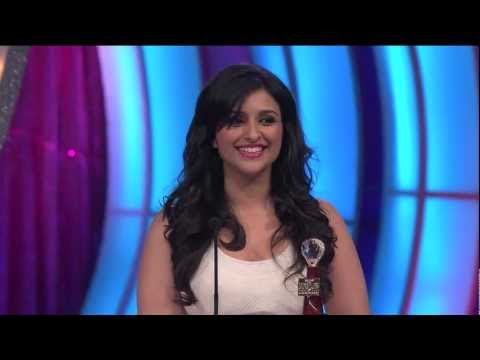 Parineeti Chopra wins Favorite Debut Actor (Male/Female) at People's Choice Awards 2012 [HD]