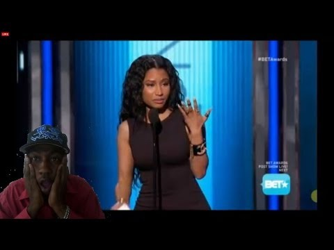 Shade ? Nicki Minaj Disses Iggy Azalea and other Rappers live On Bet Awards 2014 My reaction