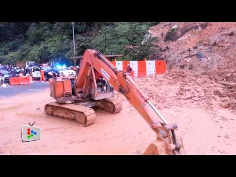 (Updated) Landslide causes massive jam in KL
