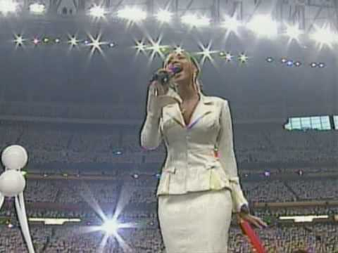 Beyoncé USA National Anthem Live @ Super Bowl 2004 [HQ]