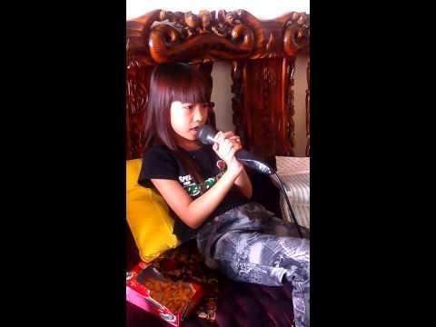 Trần Hồng Nhật Linh hát karaoke bài hát BỤI PHẤN