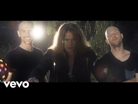 Dada Life - Born To Rage ft. Sebastian Bach