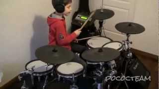 Niño tocando batería - Nirvana