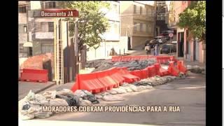 Novo buraco se abre na Rua Cabo Verde no Bairro Cruzeiro e moradores cobram provid�ncia