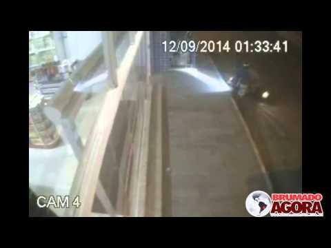 Brumado: Homem reage a assalto e ataca bandidos