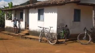 Casca Grossa pedala na Serra do Espinha�o - Parte 2
